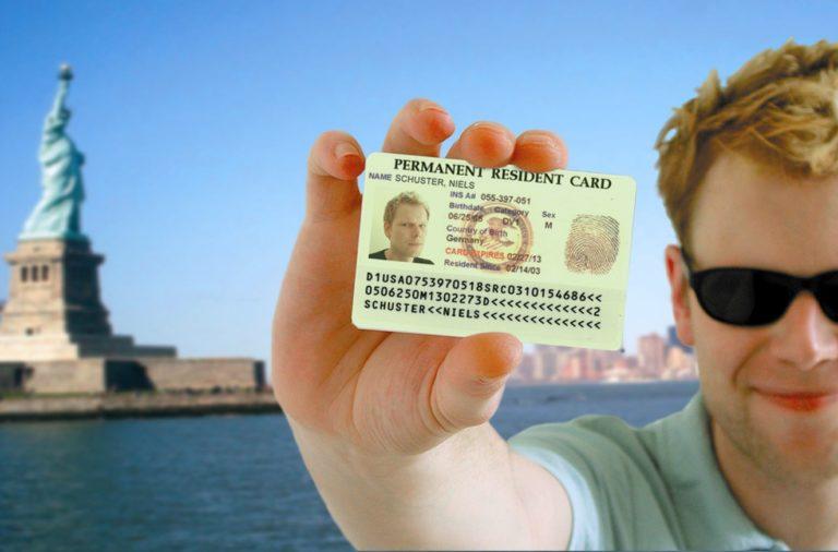 Une-loterie-pour-gagner-sa-carte-verte-et-vivre-aux-Etats-Unis.jpg